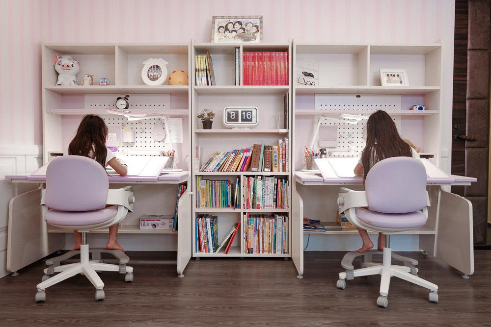 {iloom讓孩子擁有創作空間的天堂} Linki Plus智慧型書桌+ Ringo四段可調式成長椅