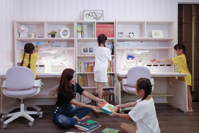 {iloom讓每個孩子也可以是收納高手} Linki Plus 層櫃書架